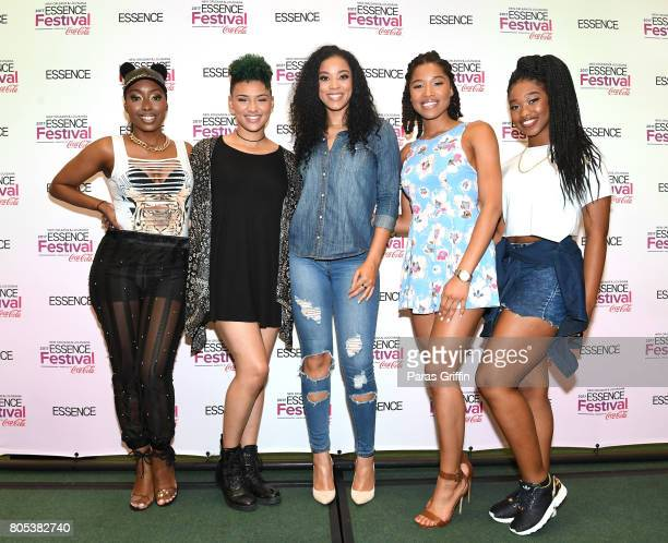 June's Diary pose in the press room at the 2017 ESSENCE Festival presented by CocaCola at Ernest N Morial Convention Center on July 1 2017 in New...