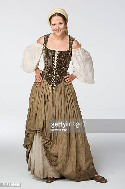 Jung Alissa Actress Germany role as 'Maja' in 'The Emperor's New Clothes'