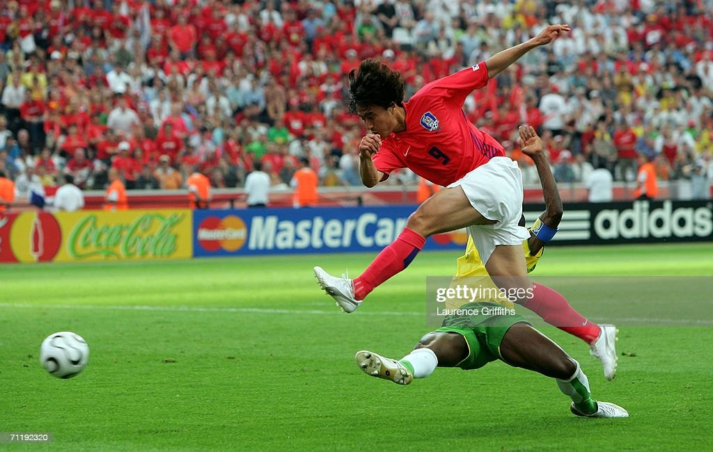 Group G South Korea v Togo - World Cup 2006 : News Photo