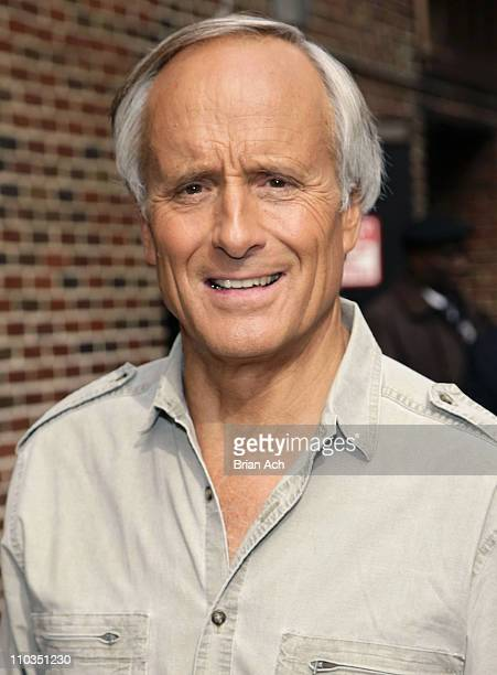 """""""Jungle"""" Jack Hanna visits """"Late Show with David Letterman"""" on May 14, 2008 at the Ed Sullivan Theater in New York City."""
