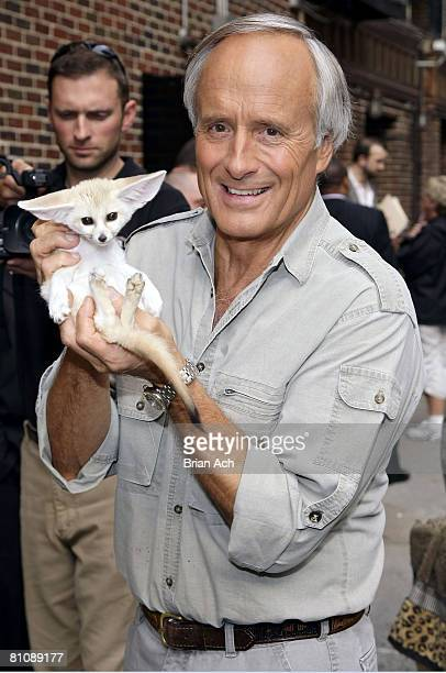 """""""Jungle"""" Jack Hanna visits """"Late Show with David Letterman"""" on May 14, 2008 at the Ed Sullivan Theatre in New York City."""