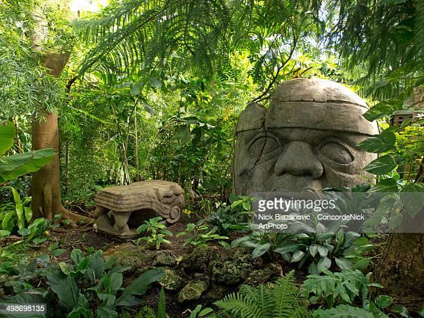 Jungle Tiki statue