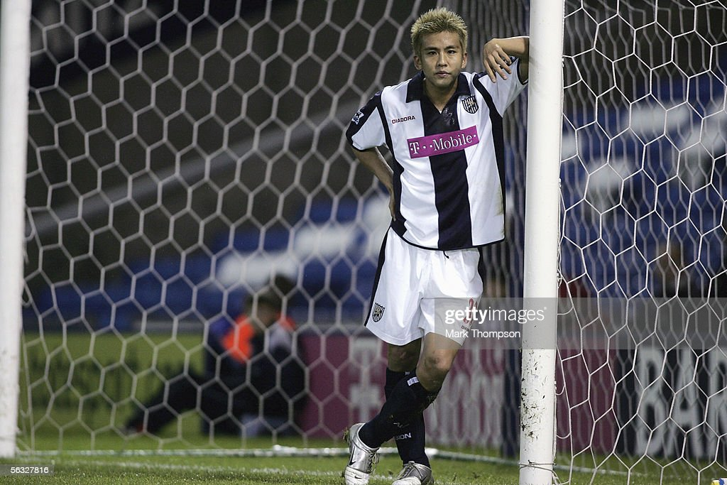 Junichi Inamoto of West Bromwich Albion in action during the Barclays Premiership match between West Bromwich Albion and Fulham on December 3, 2005 at the Hawthorns, England.