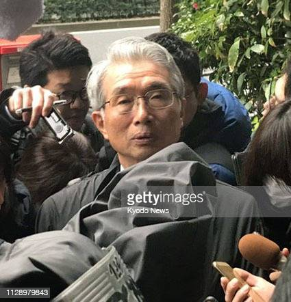 Junichiro Hironaka a lawyer for former Nissan Motor Co Chairman Carlos Ghosn speaks to reporters in Tokyo on March 7 after Ghosn was released on bail...