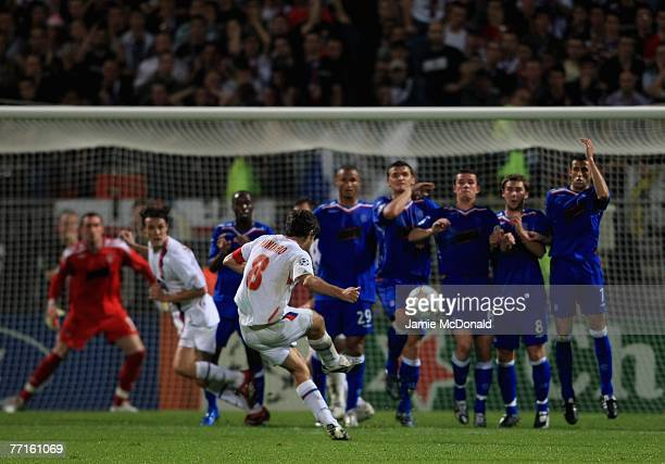 Juninho of Lyon takes a free kick during the UEFA Champions League Group E match between Olympique Lyonnais and Glasgow Rangers at the Stade de...