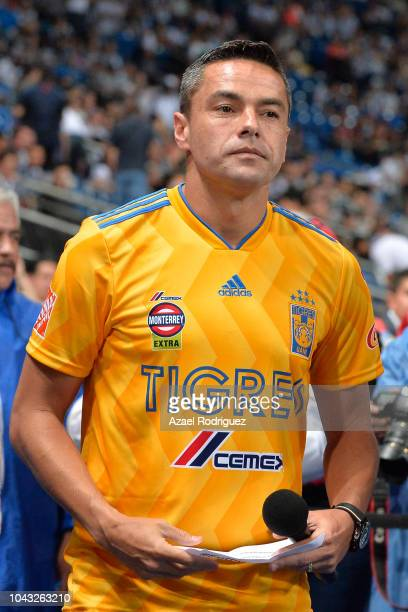 Juninho of Tigres prepares to give a speech as part of an anti violence campaign prior the 11th round match between Monterrey and Tijuana as part of...