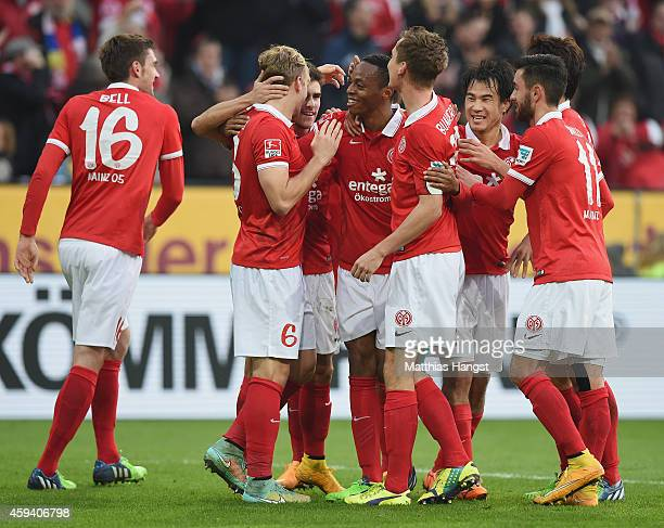 Junior Diaz of Mainz celebrates with his team-mates after scoring his team's first goal during during the Bundesliga match between FSV Mainz 05 and...