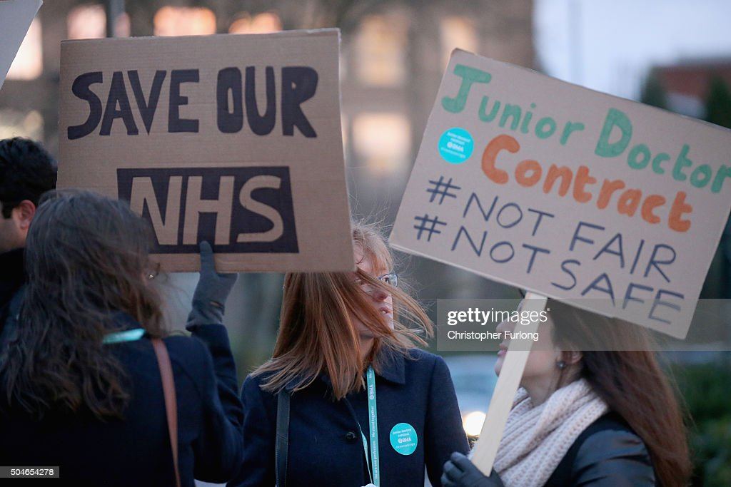 Junior Doctors Stage 24 Hour Strike Across NHS In England : News Photo