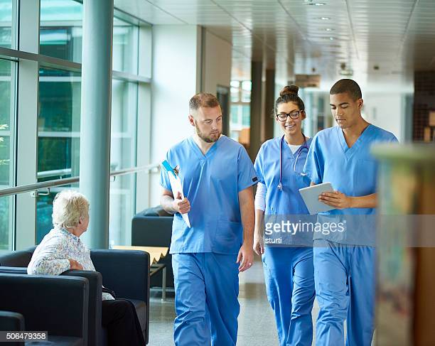 junior doctors - group of doctors stock pictures, royalty-free photos & images
