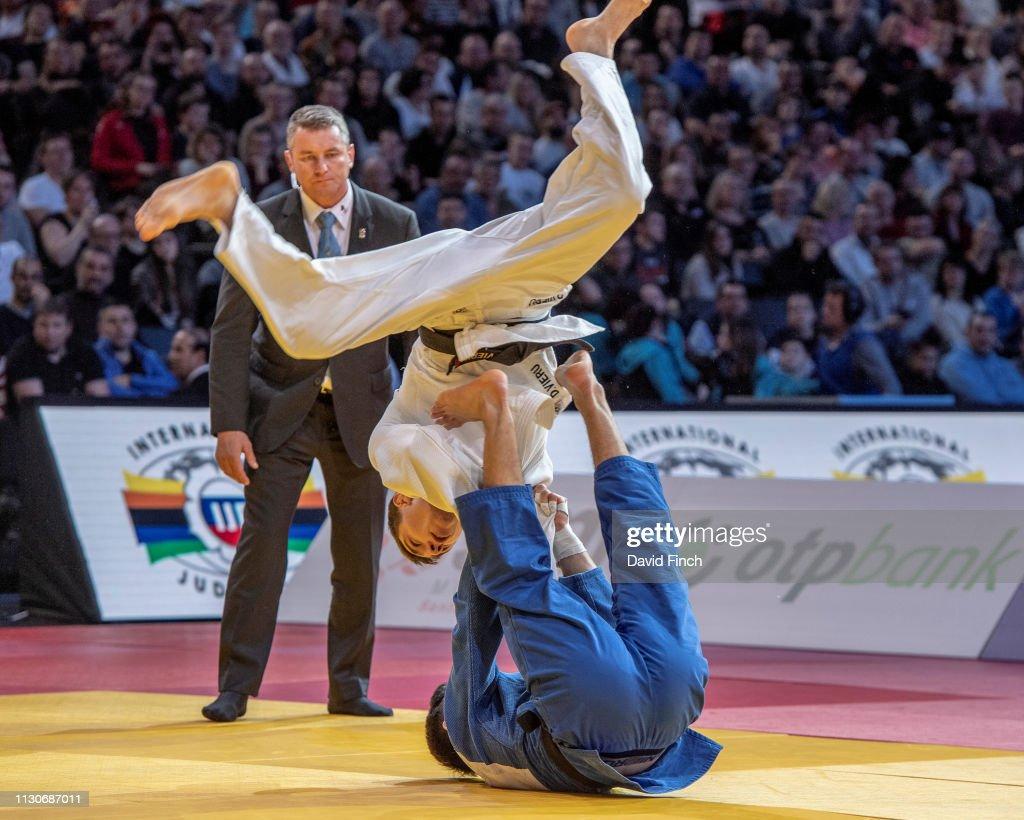 U23 Junior European champion, Denis Vieru of Moldova twists