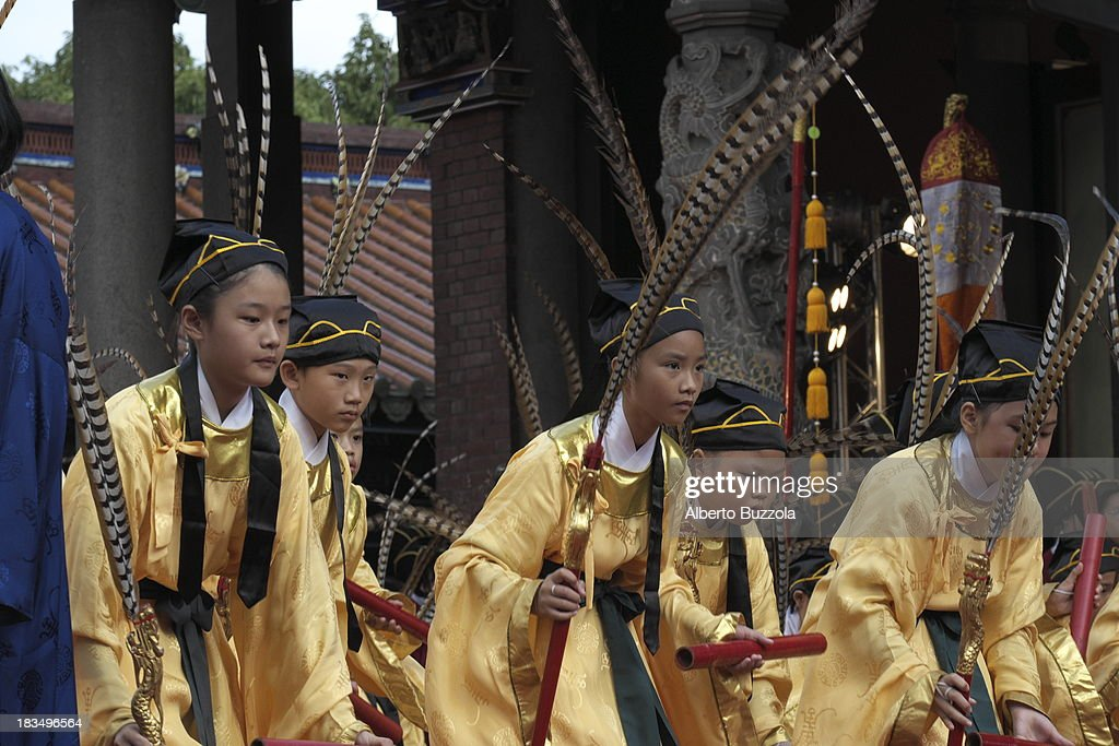 Junior High School students performing a traditional dance to commemorate the 2563rd birthday of China's most revered sage Confucius at the Taipei Confucius Temple. Confucius Birthday is also known in Taiwan and in the Chinese speaking world as Teacher's day..