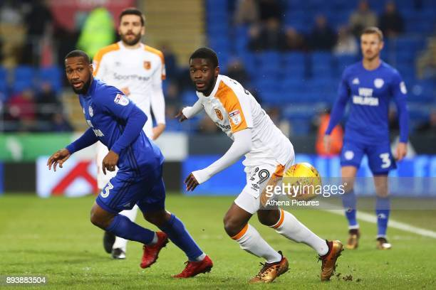 Junior Hoilett of Cardiff City and Fikayo Tomori of Hull City watch the ball during the Sky Bet Championship match between Cardiff City and Hull City...