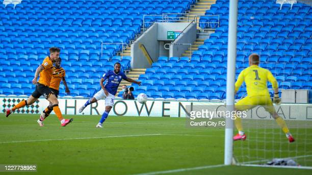 Junior Hoilett scores the first goal for Cardiff City FC during the Sky Bet Championship match between Cardiff City and Hull City at Cardiff City...
