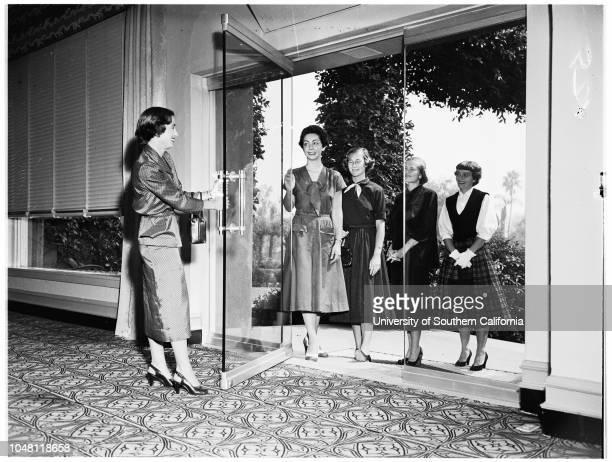 Junior League of Pasadena provisional pictures 25 September 1951 Miss Anne BaldwinMiss Maria C DaytonMrs William G WilliamsMrs James D ReynoldsMrs...