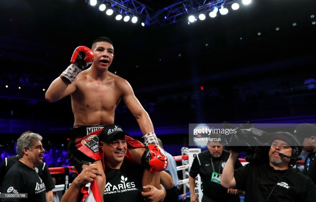 Jaime Munguia v Liam Smith