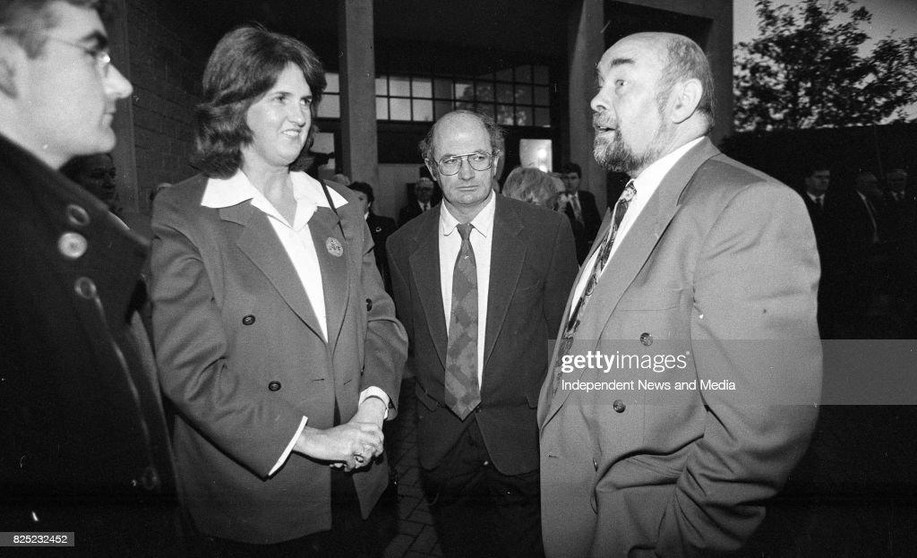 Junior Minister Joan Burton at the Removal of Brian Lenihan's Remains : ニュース写真
