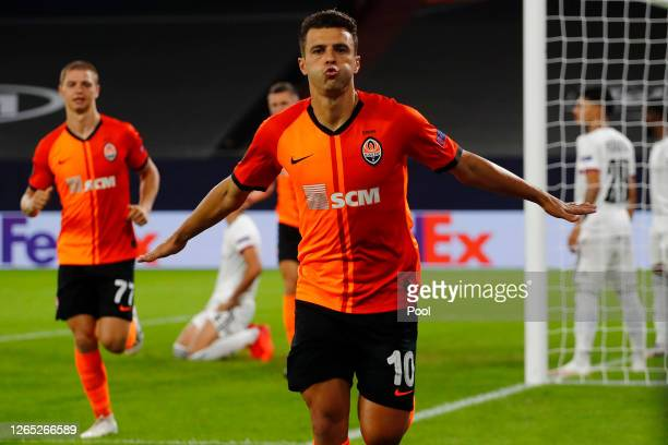 Junior Moraes of Shakhtar Donetsk celebrates after scoring his sides first goal during the UEFA Europa League Quarter Final between Shakhtar Donetsk...