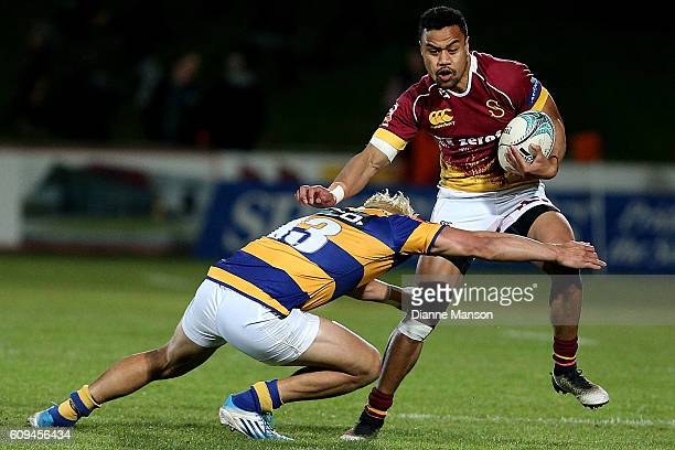 Junior Ngaluafe of Southland fends off Teddy Stanaway of Bay of Plenty during the Mitre 10 Cup round 6 match between Southland and Bay of Plenty at...