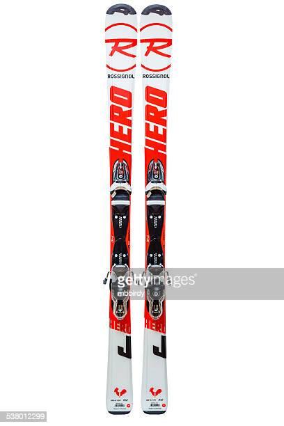 skis rossignol junior, isolé sur fond blanc, tracé de détourage - paire photos et images de collection