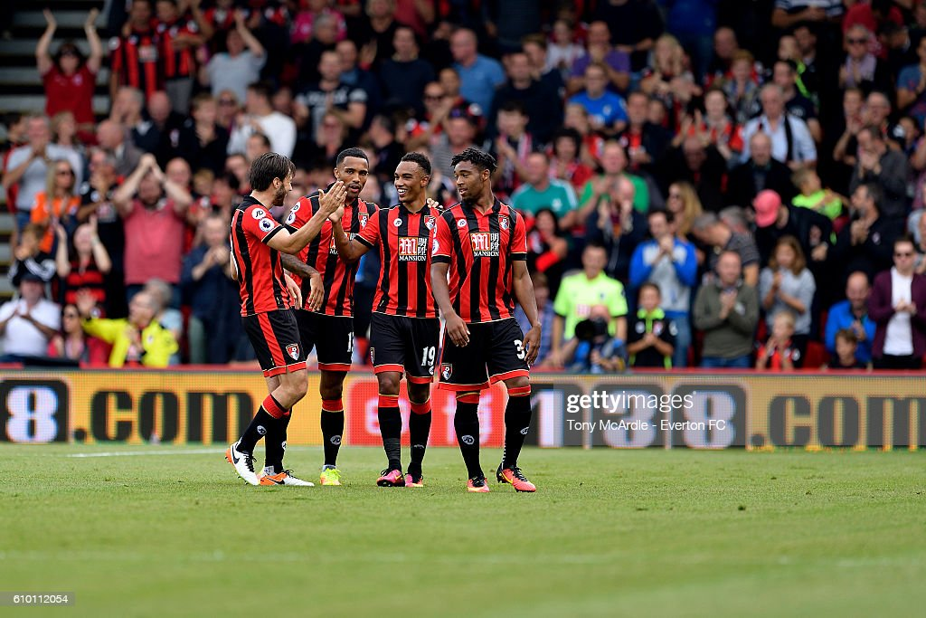 Junior Stanislas (2ndR) celebrates his goal with Jordon Ibe (R) Callum Wilson (CL) and Harry Arter (L) before the Premier League match between AFC Bournemouth and Everton at the Vitality Stadium on September 24, 2016 in Sunderland, England.