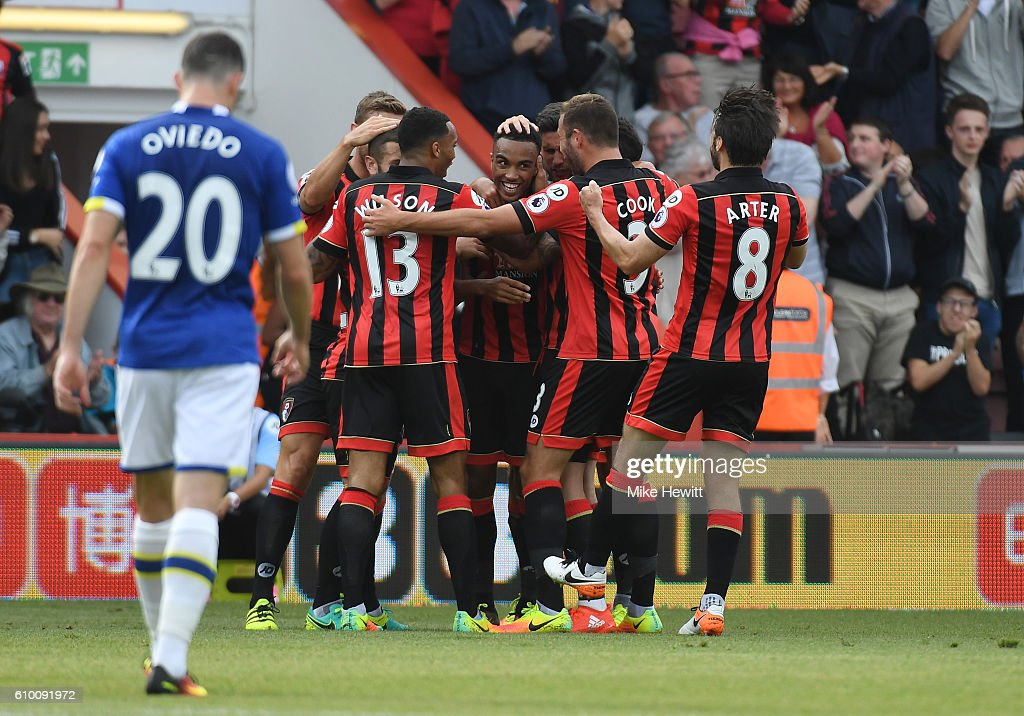 Junior Stanislas of AFC Bournemouth celebrates scoring his sides first goal with his team mates during the Premier League match between AFC Bournemouth and Everton at the Vitality Stadium on September 24, 2016 in Bournemouth, England.