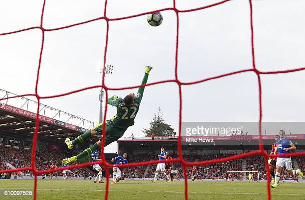 Junior Stanislas of AFC Bournemouth scores his sides first goal during the Premier League match between AFC Bournemouth and Everton at the Vitality...