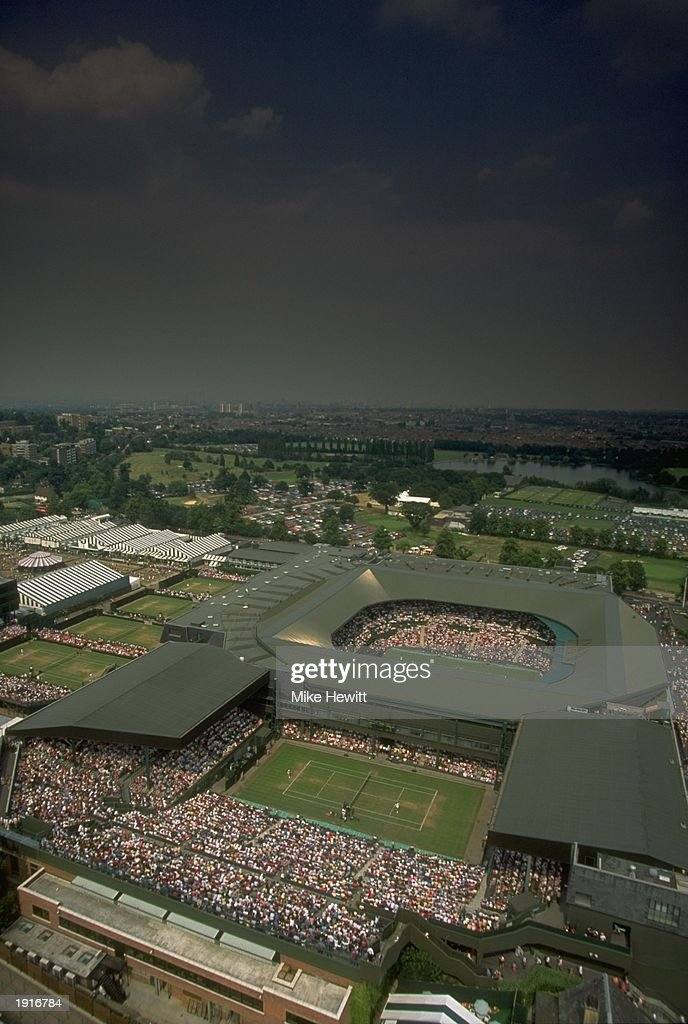 Centre Court and the old Number One Court : News Photo