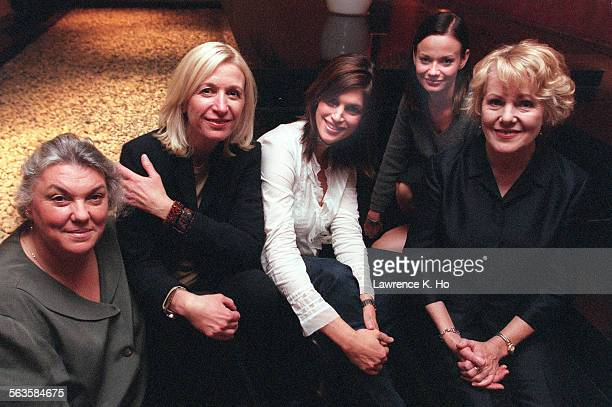 Junket for the film Simian Line L to R Tyne Daly Linda Yellen Cindy Crawford Samantha Mathis and Lynn Redgrave