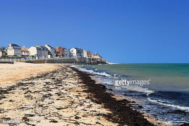juno beach (invasion 1944, d-day) in the french normandy near st. aubin-sur-mer - カルヴァドス県 ストックフォトと画像