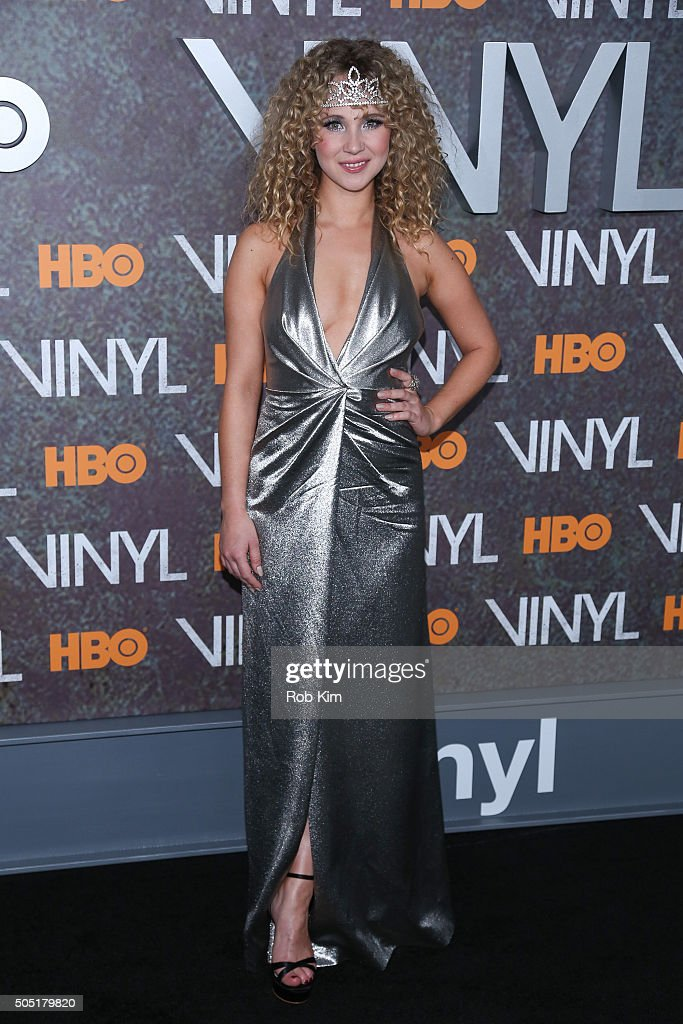 Juno Temple attends the New York Premiere of 'Vinyl' at Ziegfeld Theatre on January 15, 2016 in New York City.