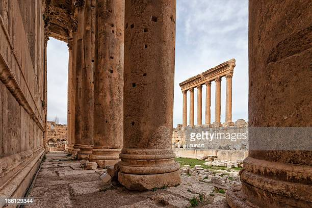 jupiter and bacchus temple, baalbek, bekaa valley, lebanon - beirut stock pictures, royalty-free photos & images