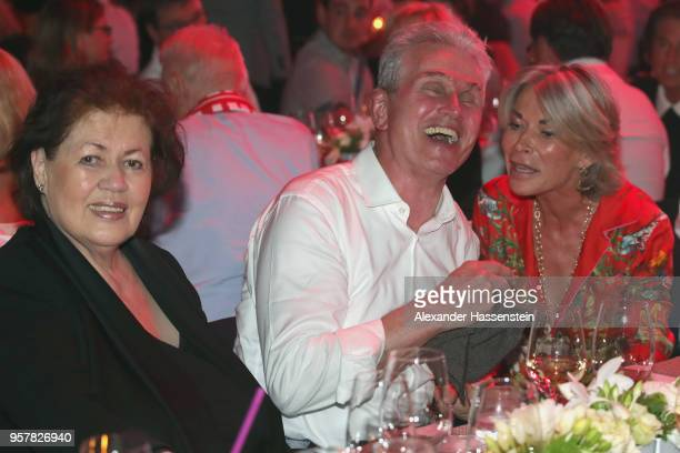 Jupp Heynckes attends with Iris Heynckes and Martina Rummenigge the FC Bayern Muenchen Celebration 2018 Party at Nockherberg on May 12 2018 in Munich...