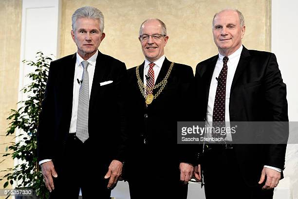 Jupp Heynckes receives Moenchengladbach's Golden Ring on March 13 2016 in Moenchengladbach Germany The 70yearold former Borussia striker and former...