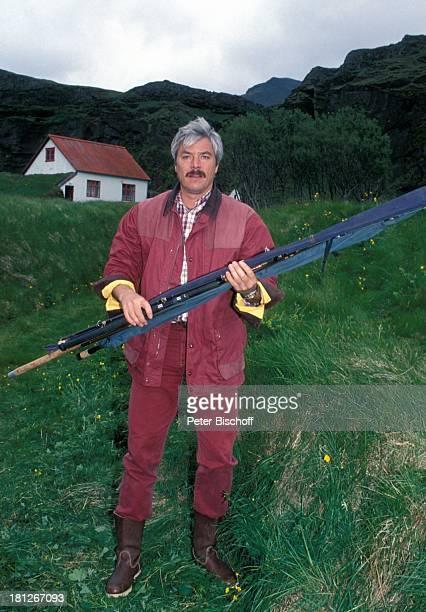 """Juraj Kukura, PRO 7 - Serie """"Glueckliche Reise """", Folge 22, """"Island"""", bei Reykjavik, Episode 4 """"Kein Fisch an der Angel, aber ein Baby fuer den..."""