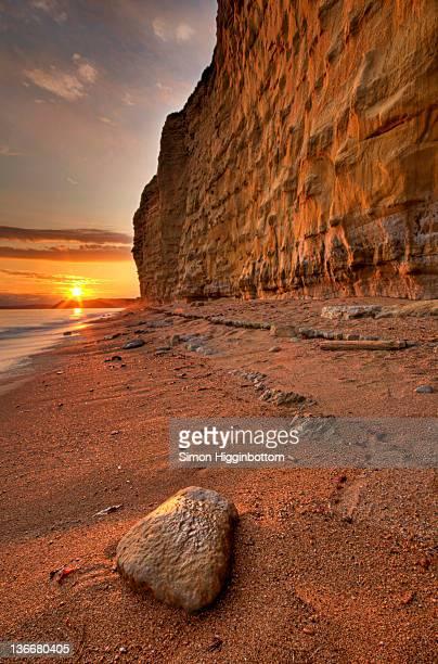 jurassic coast at sunset, dorset - simon higginbottom stock pictures, royalty-free photos & images