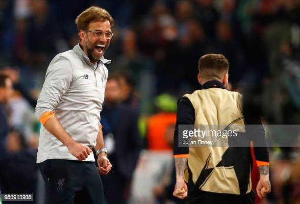 Jurgan Klopp manager of Liverpool celebrates after the full time whistle during the UEFA Champions League Semi Final Second Leg match between AS Roma...