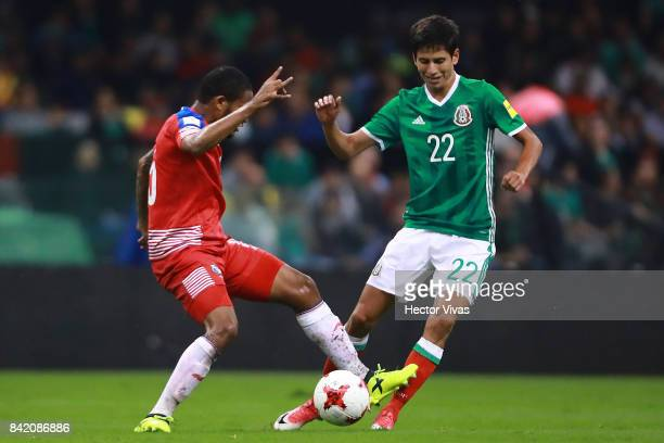 Jurgen Damm of Mexico struggles for the ball with Eric Davis of Panama during the match between Mexico and Panama as part of the FIFA 2018 World Cup...