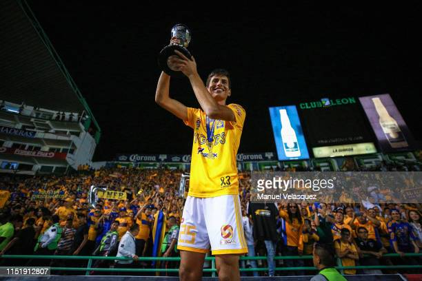 Jurgen Damm of Tigres poses with the Championship Trophy after the final second leg match between Leon and Tigres UANL as part of the Torneo Clausura...