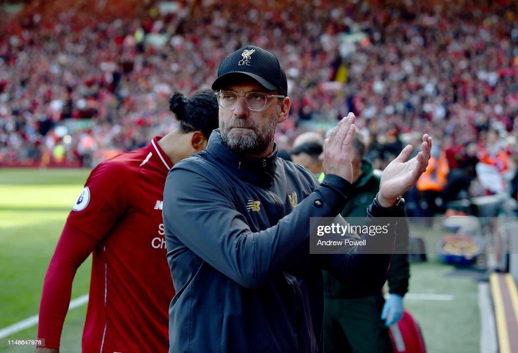Liverpool FC v Wolverhampton Wanderers - Premier League : Fotografia de notícias