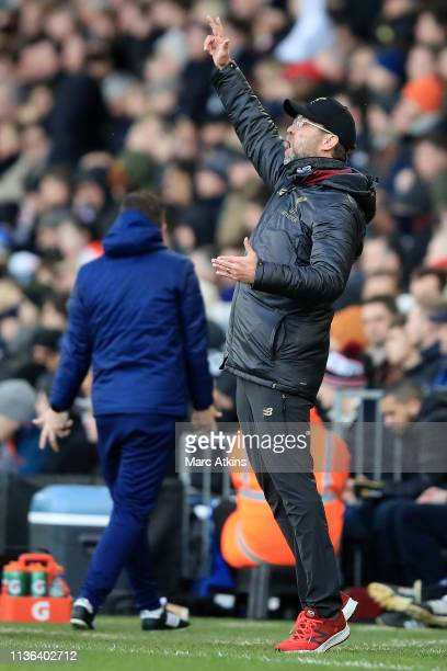 Jurgen Klopp Manager of Liverpool celebrates at the full time whistle after the Premier League match between Fulham FC and Liverpool FC at Craven...