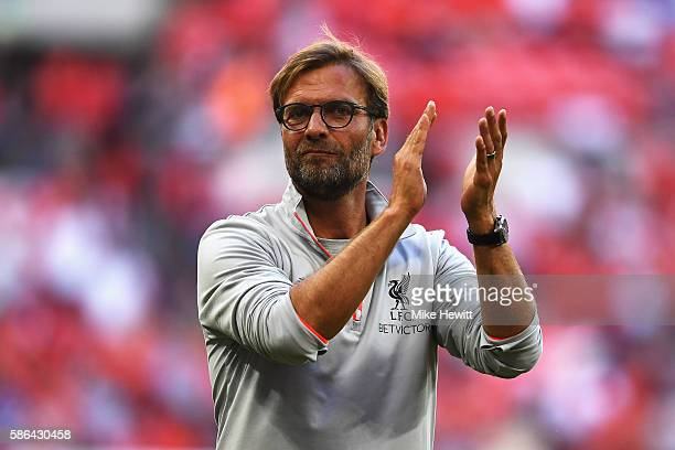 Jurgen Klopp Manager of Liverpool celebrates victory after the International Champions Cup match between Liverpool and Barcelona at Wembley Stadium...