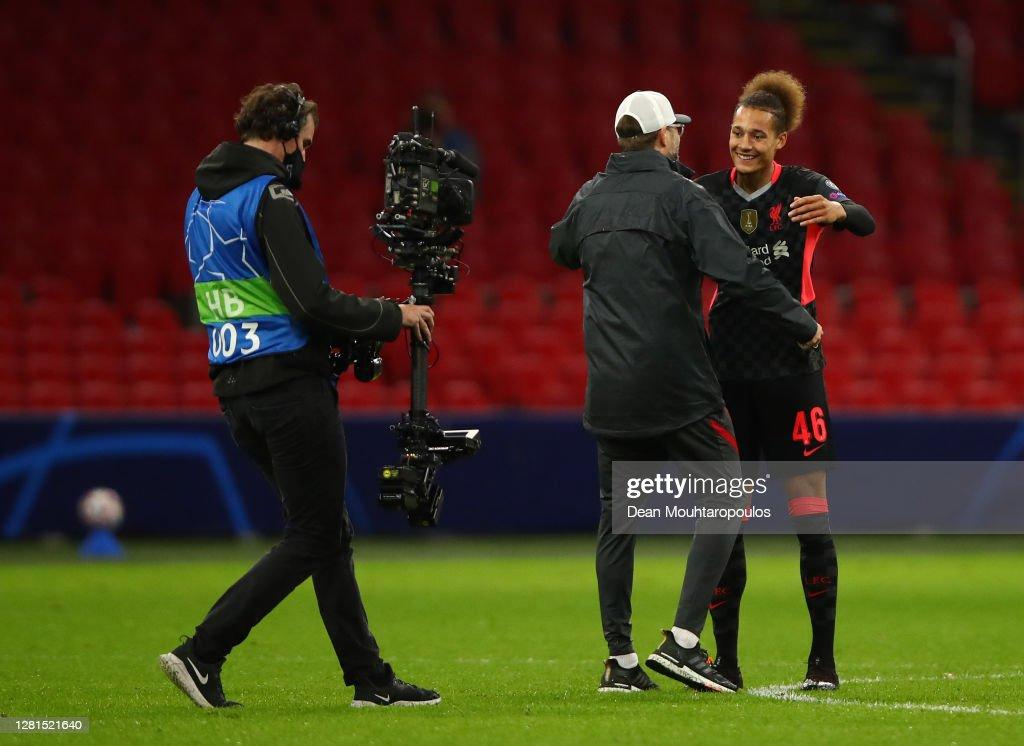 Ajax Amsterdam v Liverpool FC: Group D - UEFA Champions League : News Photo