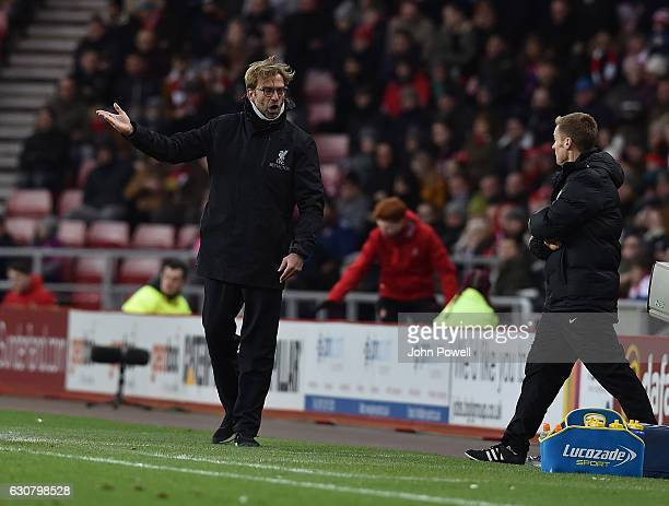 Jurgen Klopp, manager of Liverpool gestures during the Premier League match between Sunderland and Liverpool at Stadium of Light on January 2, 2017...