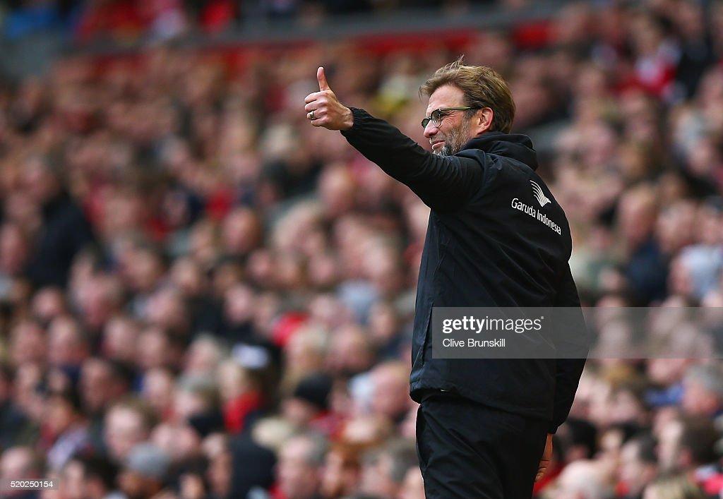 Liverpool v Stoke City - Premier League : ニュース写真