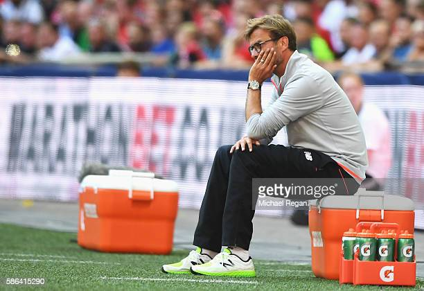 Jurgen Klopp Manager of Liverpool looks on during the International Champions Cup match between Liverpool and Barcelona at Wembley Stadium on August...