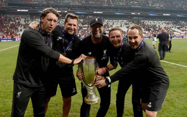 SUPER COUPE EUROPE UEFA 2019 Jurgen-klopp-manager-of-liverpool-peter-krawietz-and-pepijn-lijnders-picture-id1168076350?k=6&m=1168076350&s=612x612&w=0&h=pnmvJCh6cDCSHjuIO6R0tpBSH0nwGehXwAswkXDfZX8=