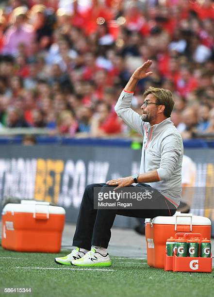 Jurgen Klopp Manager of Liverpool reacts during the International Champions Cup match between Liverpool and Barcelona at Wembley Stadium on August 6...
