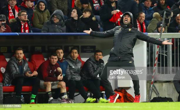 Jurgen Klopp Manager of Liverpool reacts during the UEFA Champions League Round of 16 Second Leg match between FC Bayern Muenchen and Liverpool at...