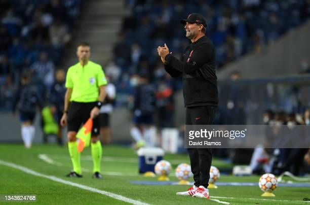 Jurgen Klopp, Manager of Liverpool reacts during the UEFA Champions League group B match between FC Porto and Liverpool FC at Estadio do Dragao on...