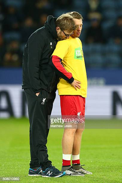 Jurgen Klopp manager of Liverpool talks with Lucas Leiva during the Barclays Premier League match between Leicester City and Liverpool at The King...